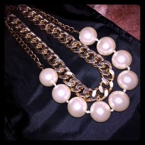 Huge Pearls and Curb Chain Necklace